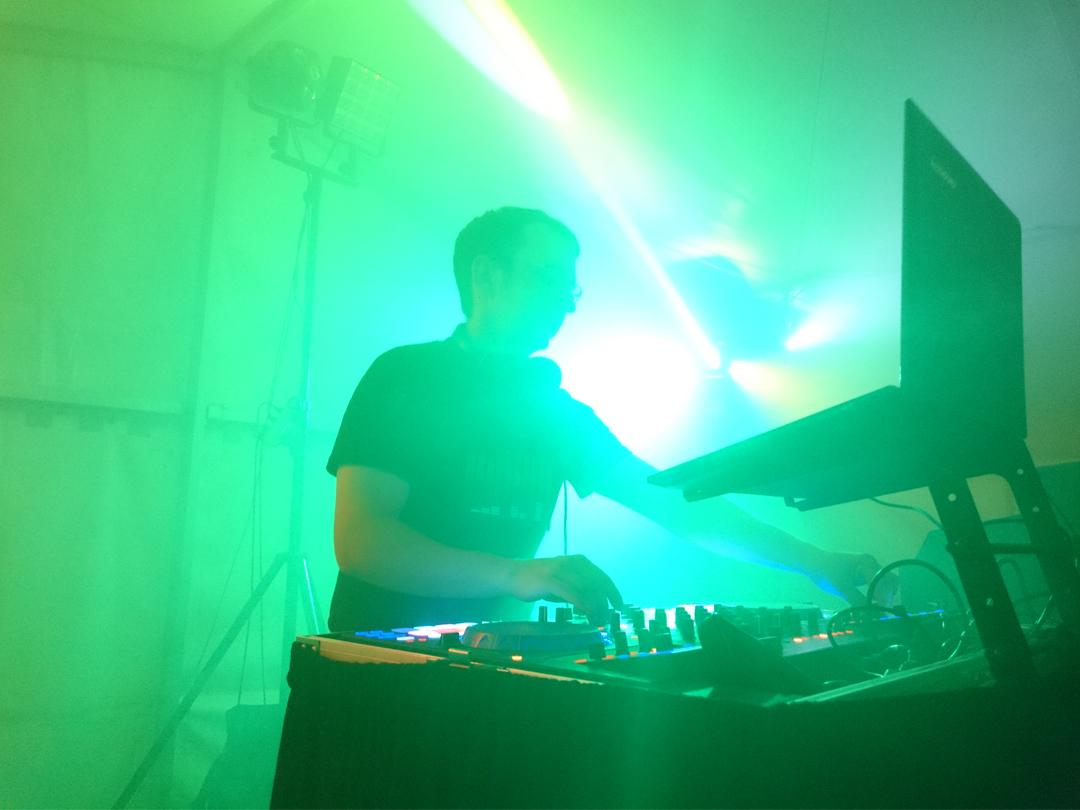 DJ Hannes legt auf