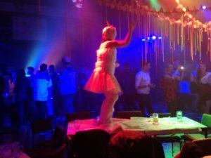 Beim Eventdj Hannes Rocks tanzen sogar die Einhörner auf dem Tisch