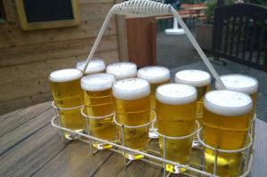 Bierträger zur Kirmes DJ